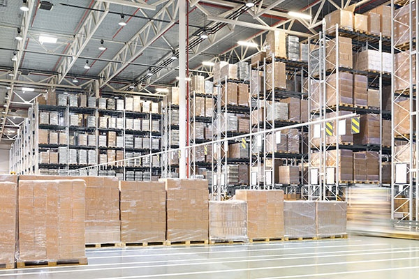 4 Secrets to Commercial Warehouse Leasing.jpg